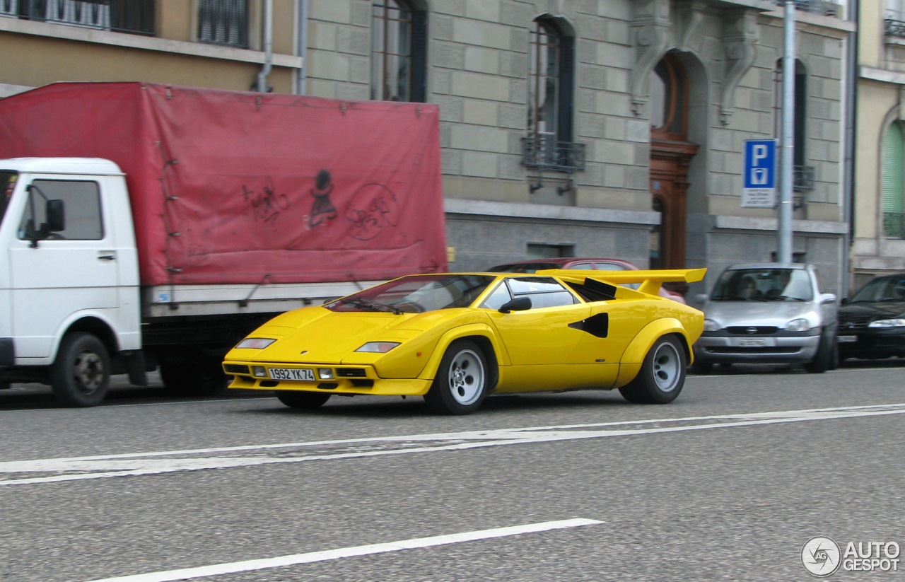 lamborghini countach 5000 s 2 january 2014 autogespot. Black Bedroom Furniture Sets. Home Design Ideas