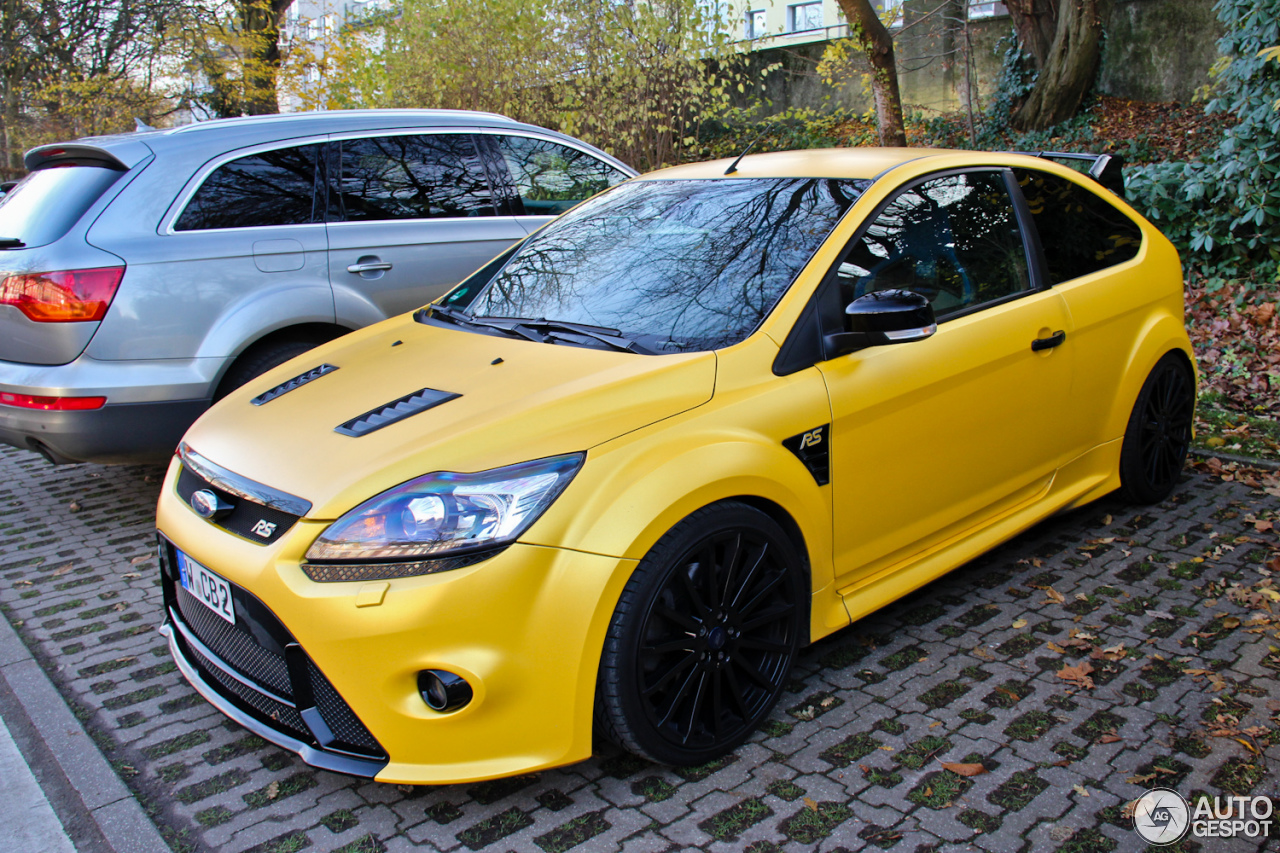 ford focus rs 2009 4 janvier 2014 autogespot. Black Bedroom Furniture Sets. Home Design Ideas