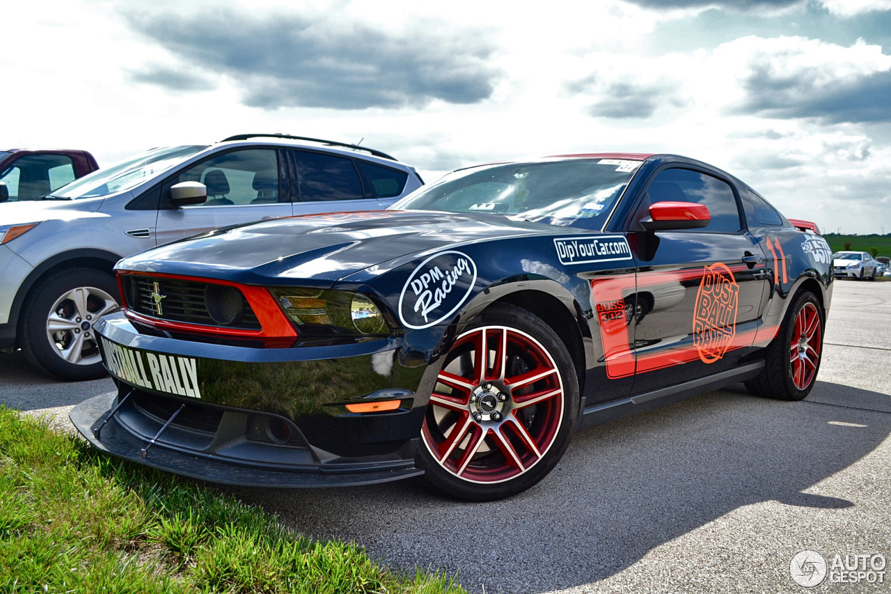 ford mustang boss 302 laguna seca 2012 7 january 2014 autogespot. Black Bedroom Furniture Sets. Home Design Ideas