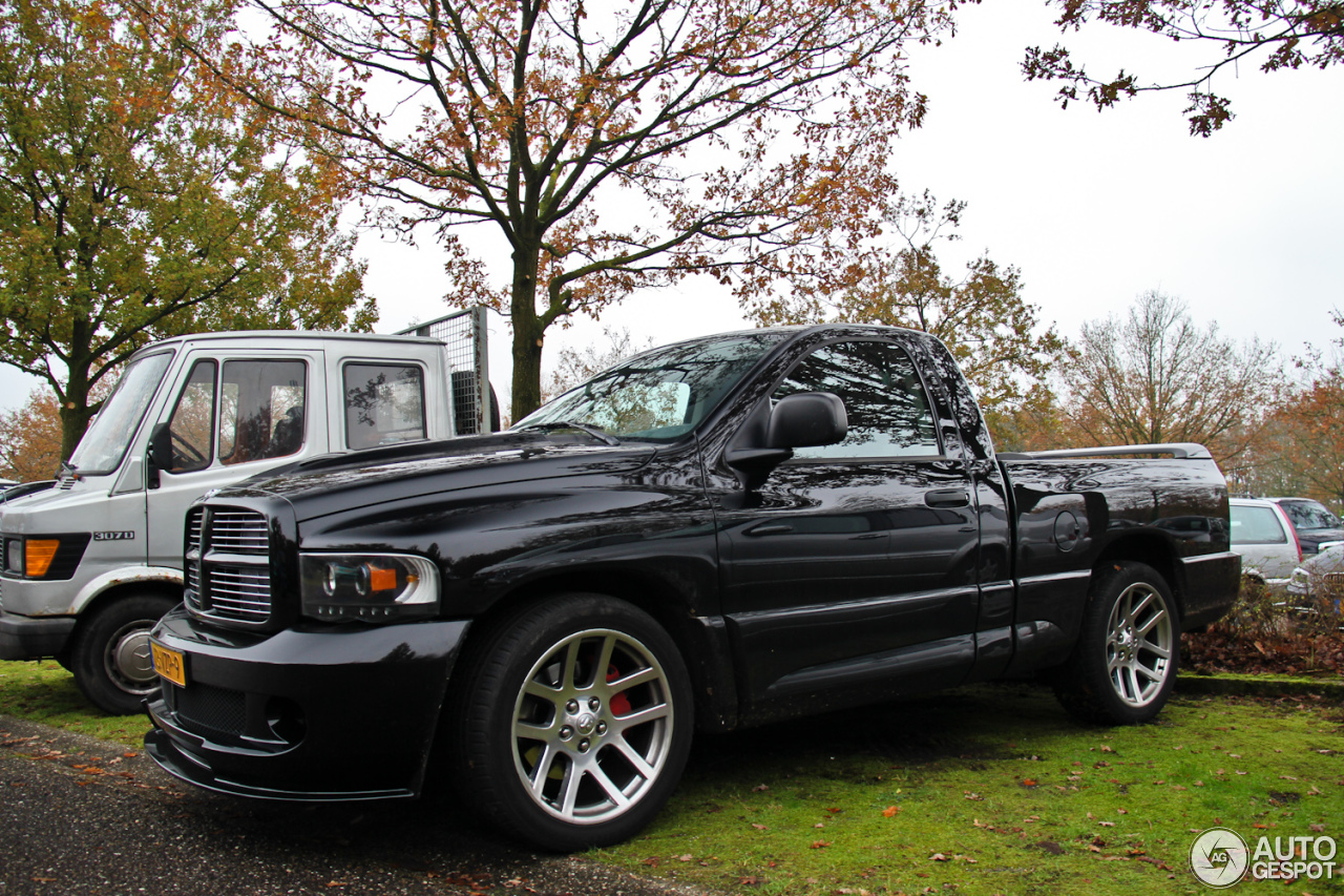 dodge ram srt 10 8 january 2014 autogespot. Black Bedroom Furniture Sets. Home Design Ideas