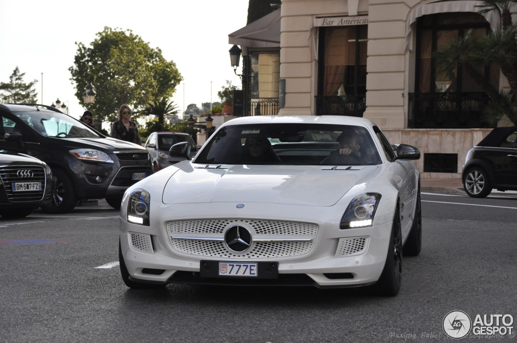 MercedesBenz SLS AMG Electric Drive  11 January 2014  Autogespot