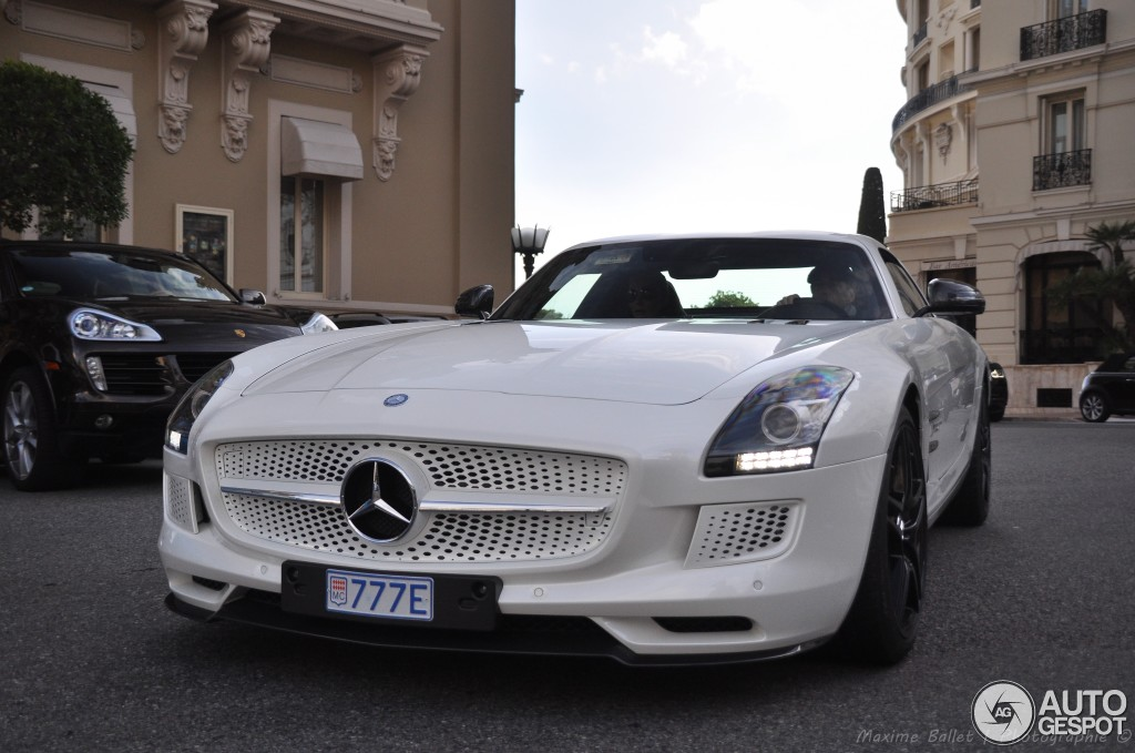 Mercedes benz sls amg electric drive 11 january 2014 for Mercedes benz sls amg electric drive price