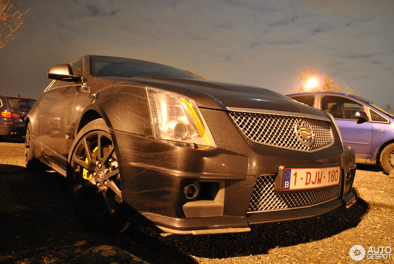 cadillac cts v coup 16 january 2014 autogespot. Black Bedroom Furniture Sets. Home Design Ideas