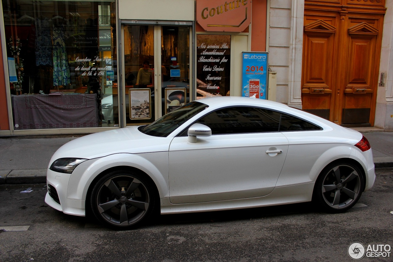 audi tt rs 18 janvier 2014 autogespot. Black Bedroom Furniture Sets. Home Design Ideas