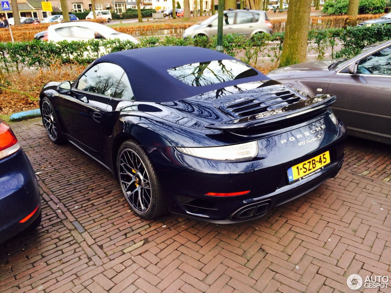 porsche 991 turbo s cabriolet 18 january 2014 autogespot. Black Bedroom Furniture Sets. Home Design Ideas