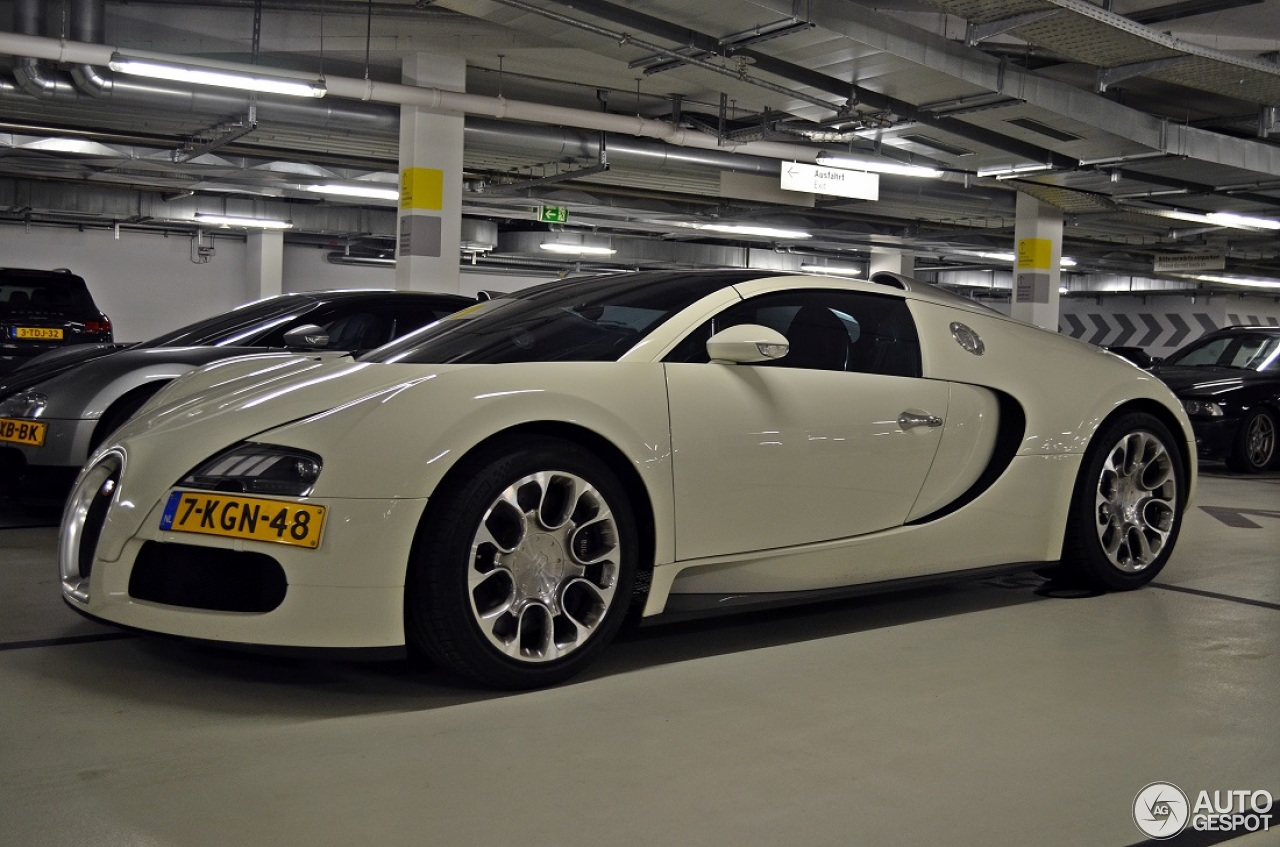 bugatti veyron 16 4 grand sport 23 januar 2014 autogespot. Black Bedroom Furniture Sets. Home Design Ideas