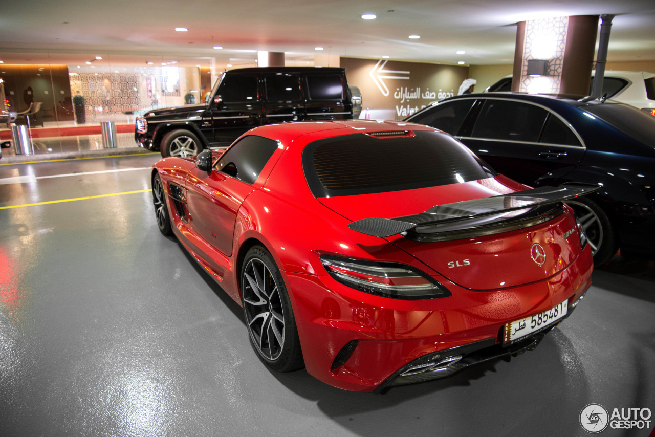 mercedes benz sls amg black series 25 january 2014 autogespot. Black Bedroom Furniture Sets. Home Design Ideas