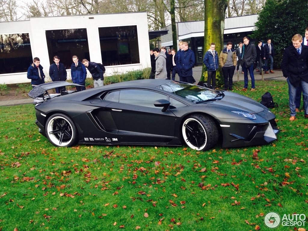 Lamborghini Aventador Lp900 4 Sv Limited Edition By Dmc 27 Janvier 2014 Autogespot
