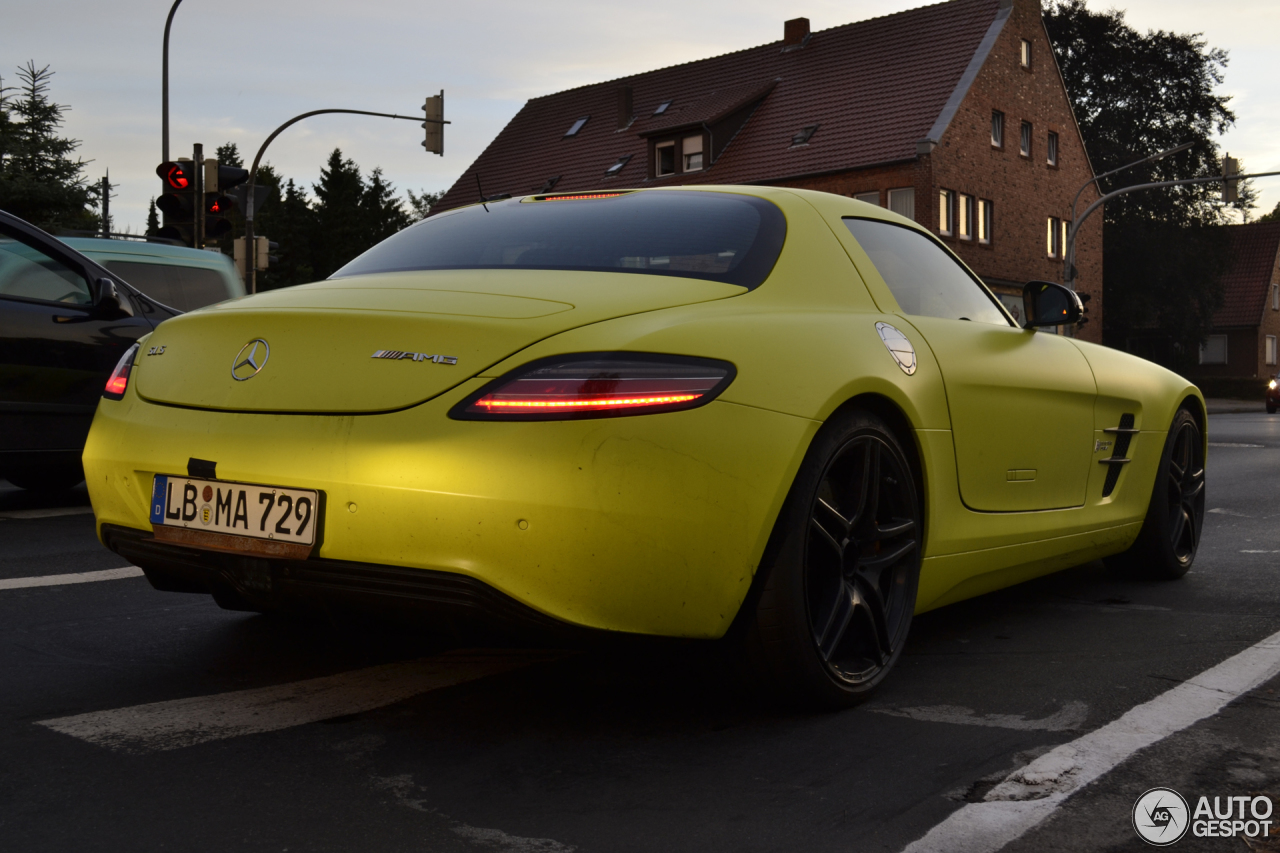 4 i mercedes benz sls amg electric drive 4