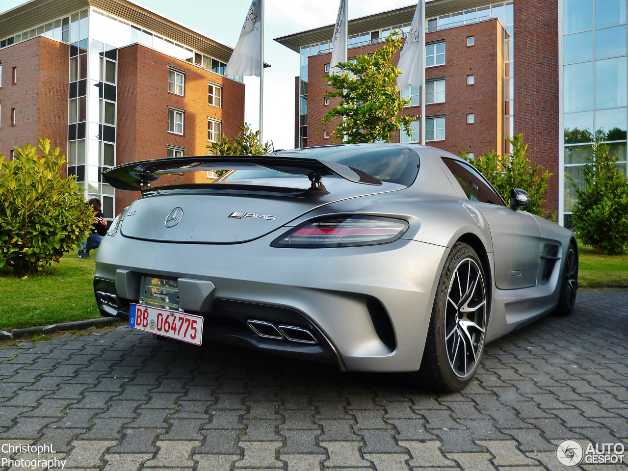 Mercedes benz sls amg black series 29 january 2014 for 2014 mercedes benz sls amg price