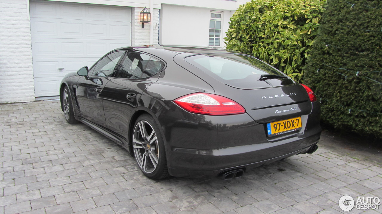porsche panamera gts 31 january 2014 autogespot. Black Bedroom Furniture Sets. Home Design Ideas