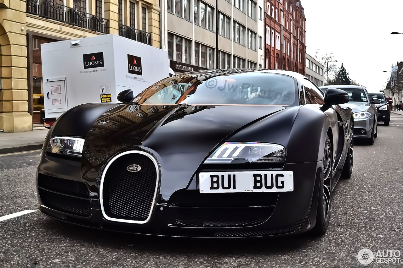 bugatti veyron 16 4 super sport sang noir 2 february 2014 autogespot. Black Bedroom Furniture Sets. Home Design Ideas