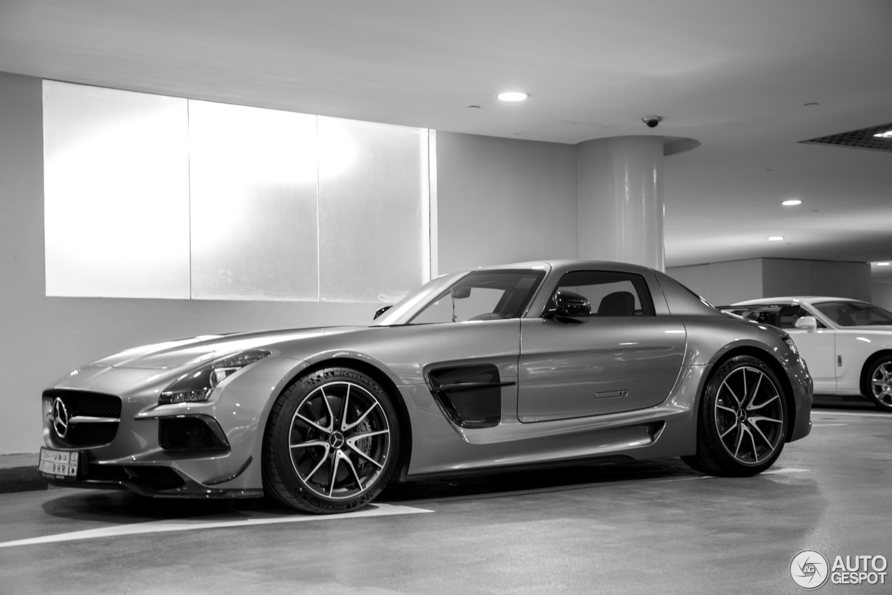 MercedesBenz SLS AMG Black Series  2 February 2014  Autogespot