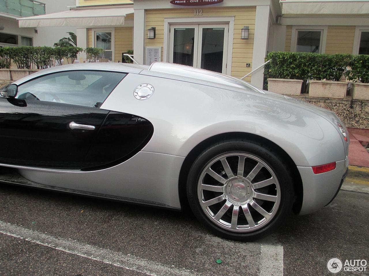 bugatti veyron 16 4 4 february 2014 autogespot. Black Bedroom Furniture Sets. Home Design Ideas