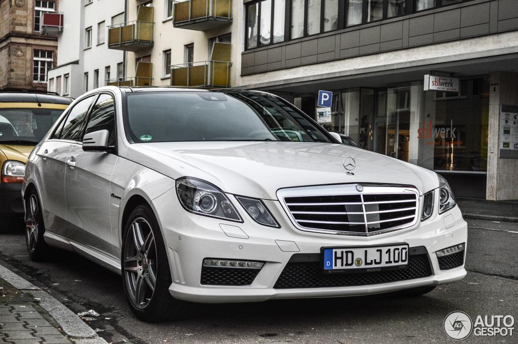 Mercedes benz e 63 amg w212 v8 biturbo 5 february 2014 for Mercedes benz v8 biturbo price