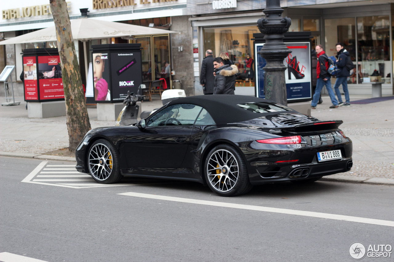 porsche 991 turbo s cabriolet 8 februar 2014 autogespot. Black Bedroom Furniture Sets. Home Design Ideas