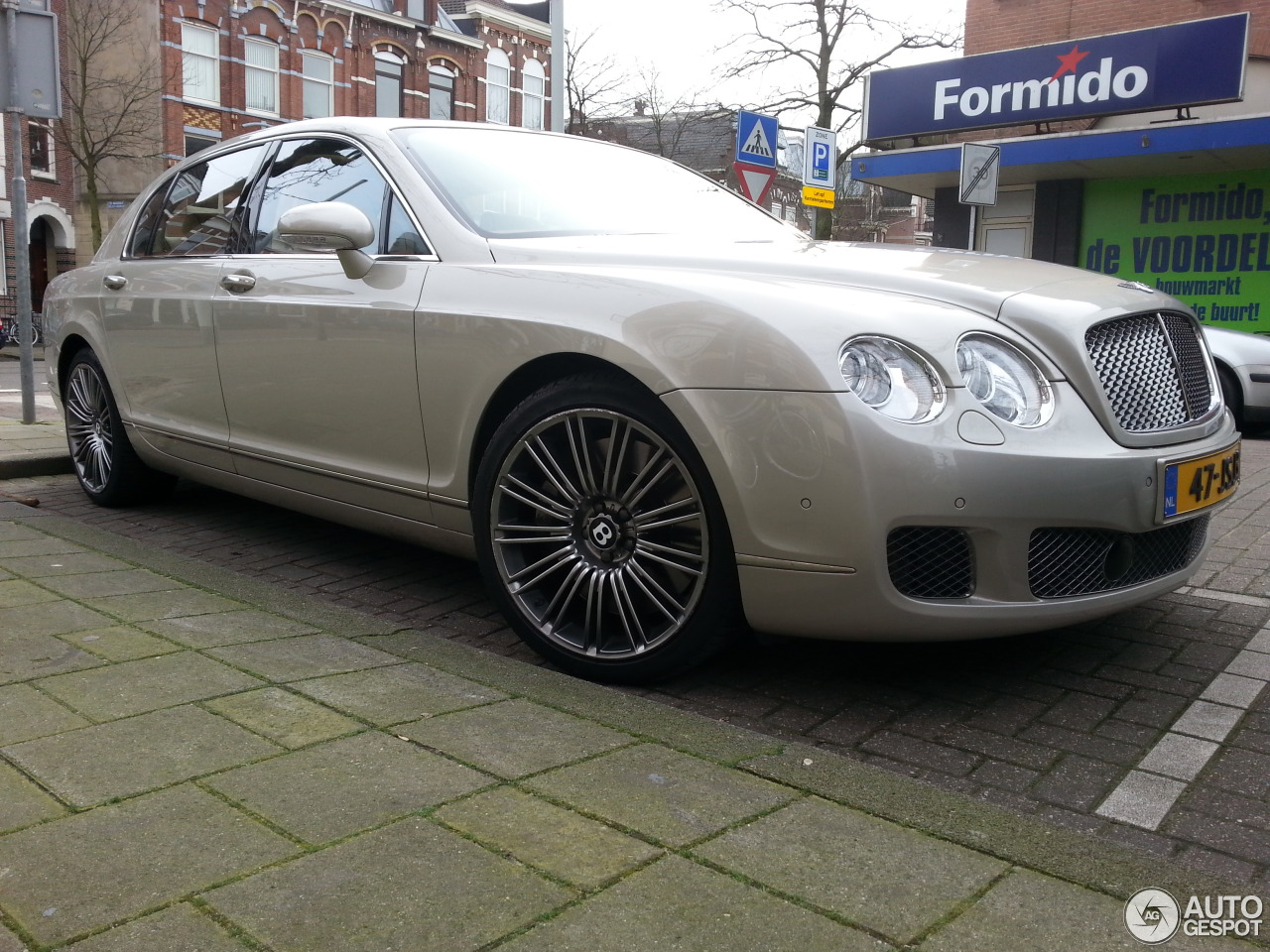 Bentley Continental Flying Spur Speed 10 February 2014