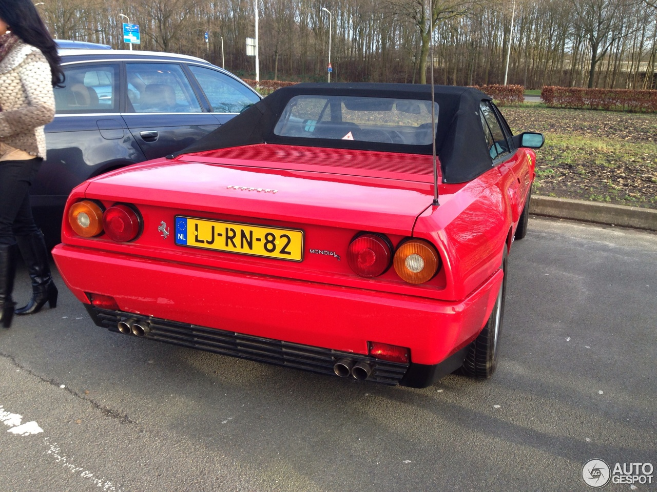 ferrari mondial 3 2 cabriolet 10 februari 2014 autogespot. Black Bedroom Furniture Sets. Home Design Ideas