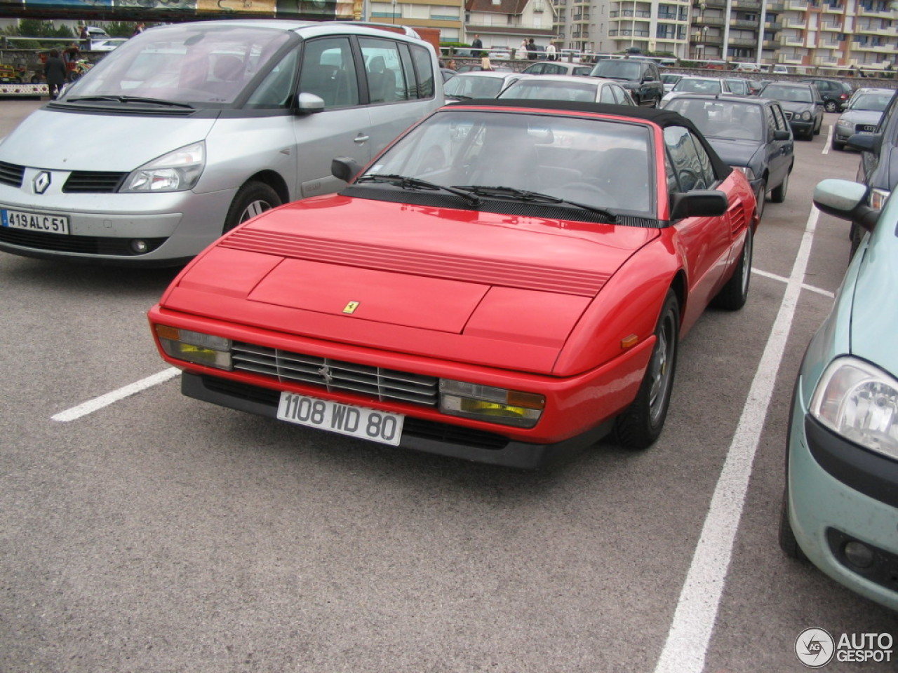 ferrari mondial t cabriolet 12 february 2014 autogespot. Black Bedroom Furniture Sets. Home Design Ideas