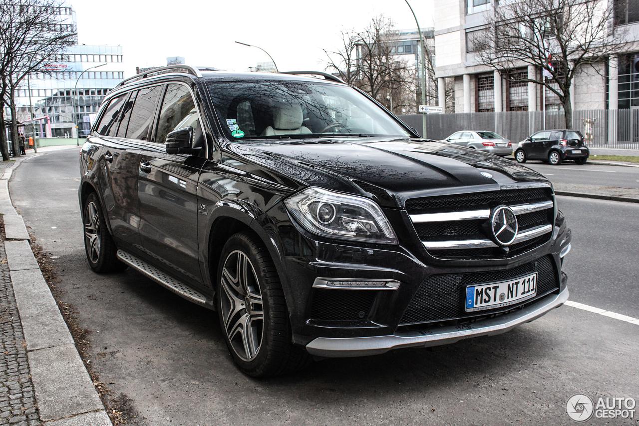 Mercedes benz gl 63 amg x166 19 february 2014 autogespot for Mercedes benz gls 2014