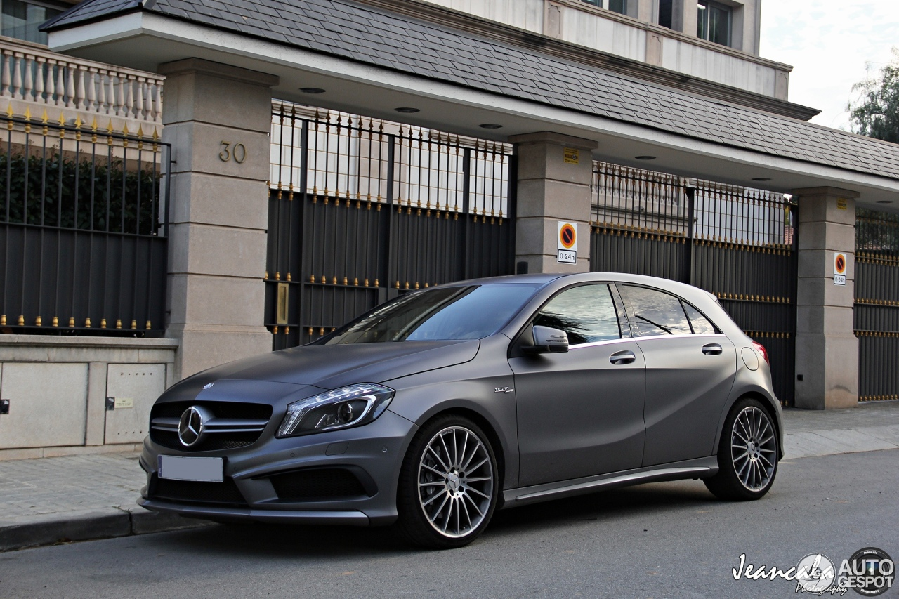 mercedes benz a 45 amg 20 febrero 2014 autogespot. Black Bedroom Furniture Sets. Home Design Ideas