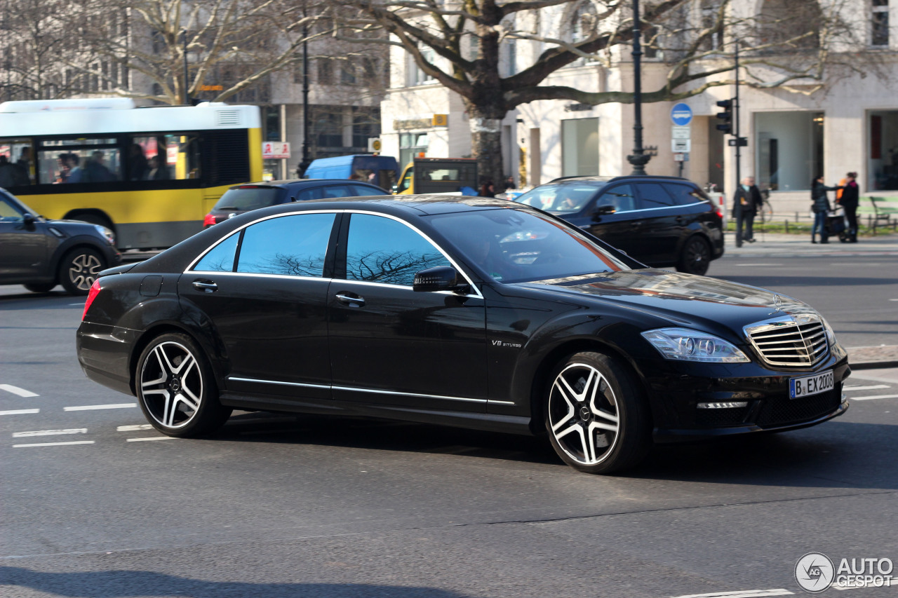 Mercedes benz s 63 amg w221 2011 25 february 2014 for Mercedes benz w221 price