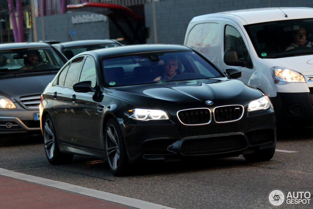 BMW M5 F10 2014 - 13      2014 - Autogespot