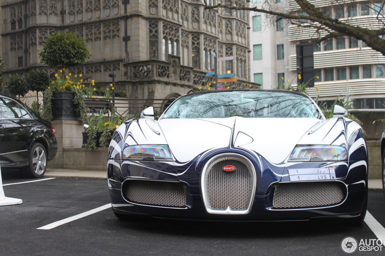bugatti veyron 16 4 grand sport l 39 or blanc 14 march 2014 autogespot. Black Bedroom Furniture Sets. Home Design Ideas