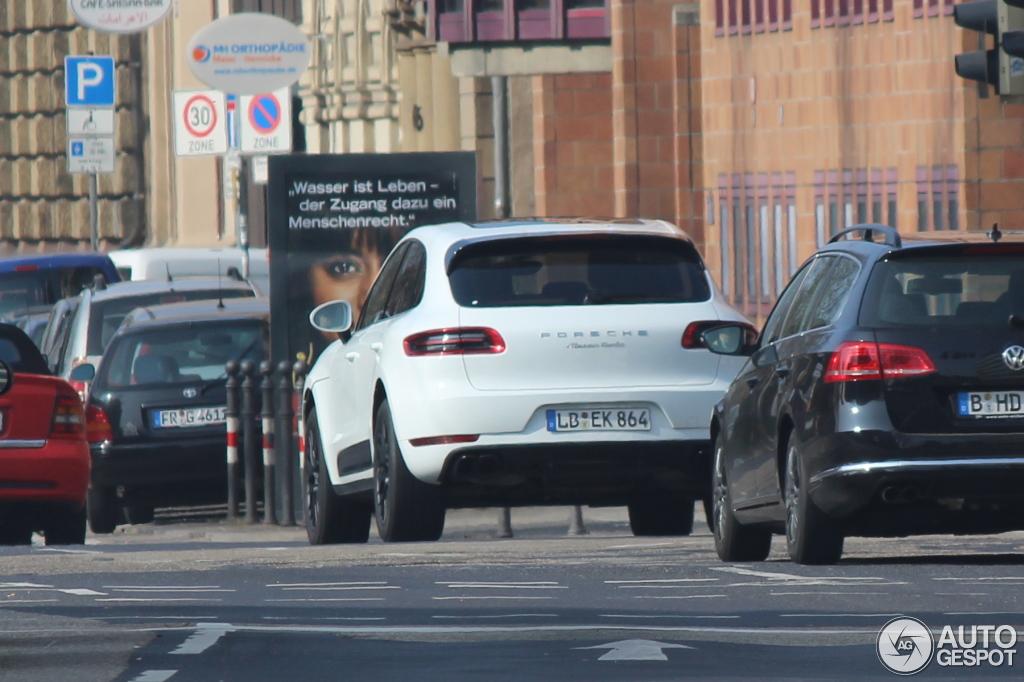 Porsche 95B Macan Turbo - 14 March 2014 - Autogespot