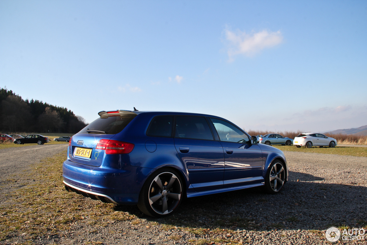 audi rs3 sportback 17 march 2014 autogespot. Black Bedroom Furniture Sets. Home Design Ideas