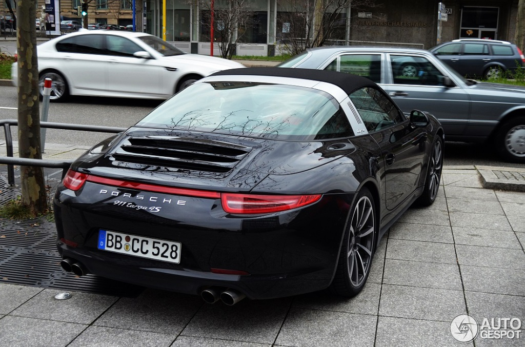 porsche 991 targa 4s 19 march 2014 autogespot. Black Bedroom Furniture Sets. Home Design Ideas