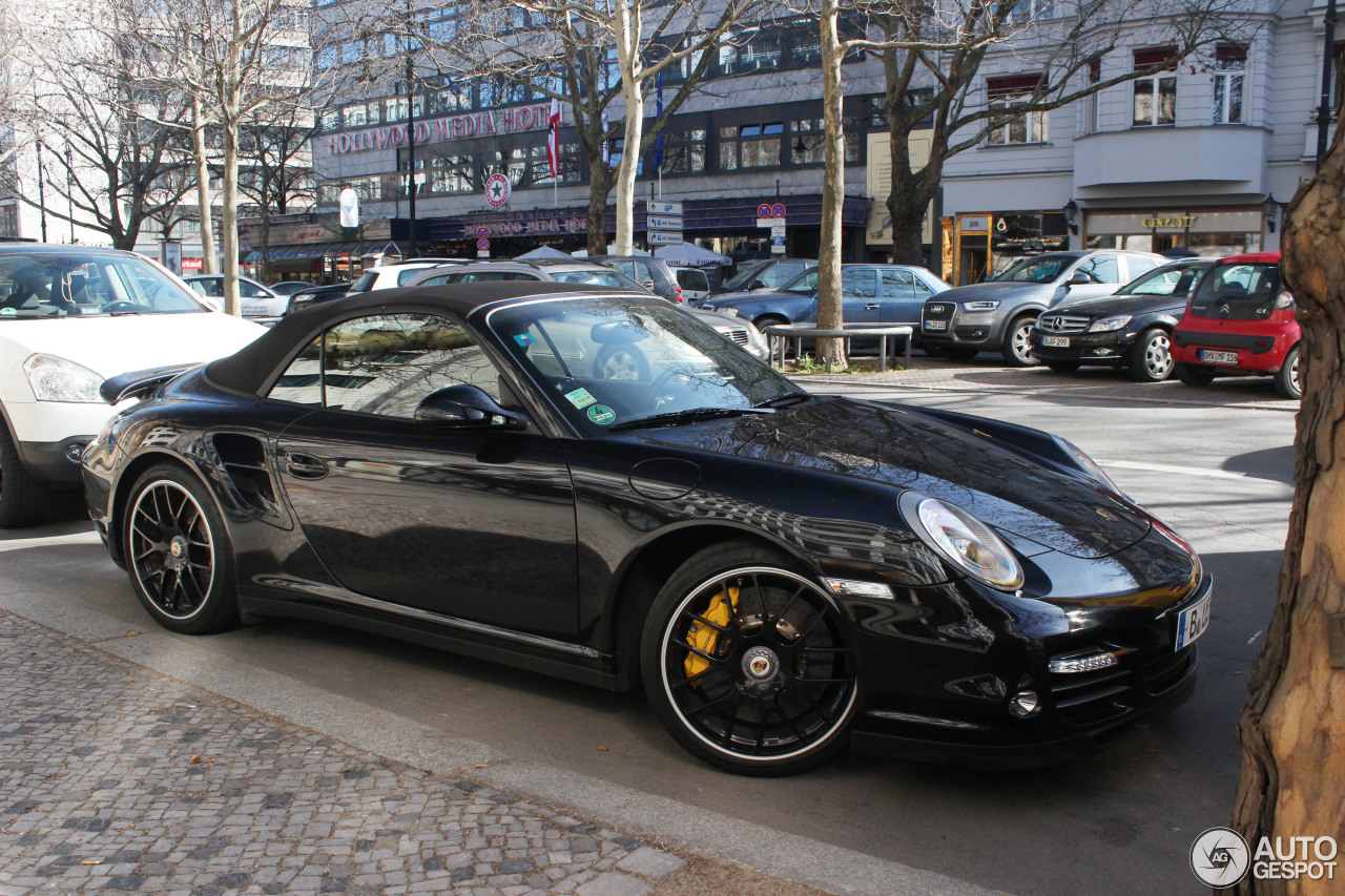 porsche 997 turbo s cabriolet 20 mrz 2014 autogespot. Black Bedroom Furniture Sets. Home Design Ideas