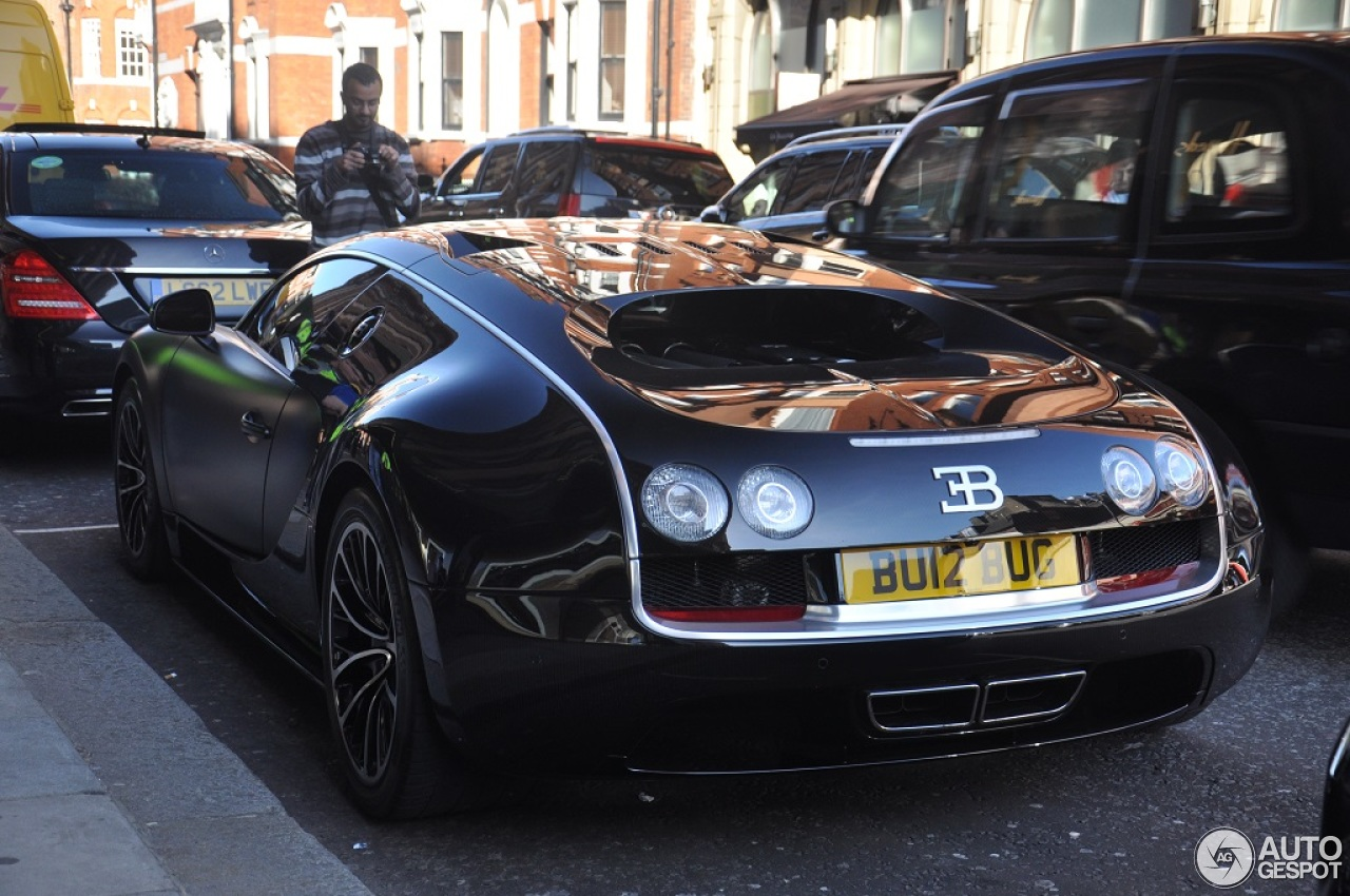 bugatti veyron 16 4 super sport sang noir 21 march 2014 autogespot. Black Bedroom Furniture Sets. Home Design Ideas