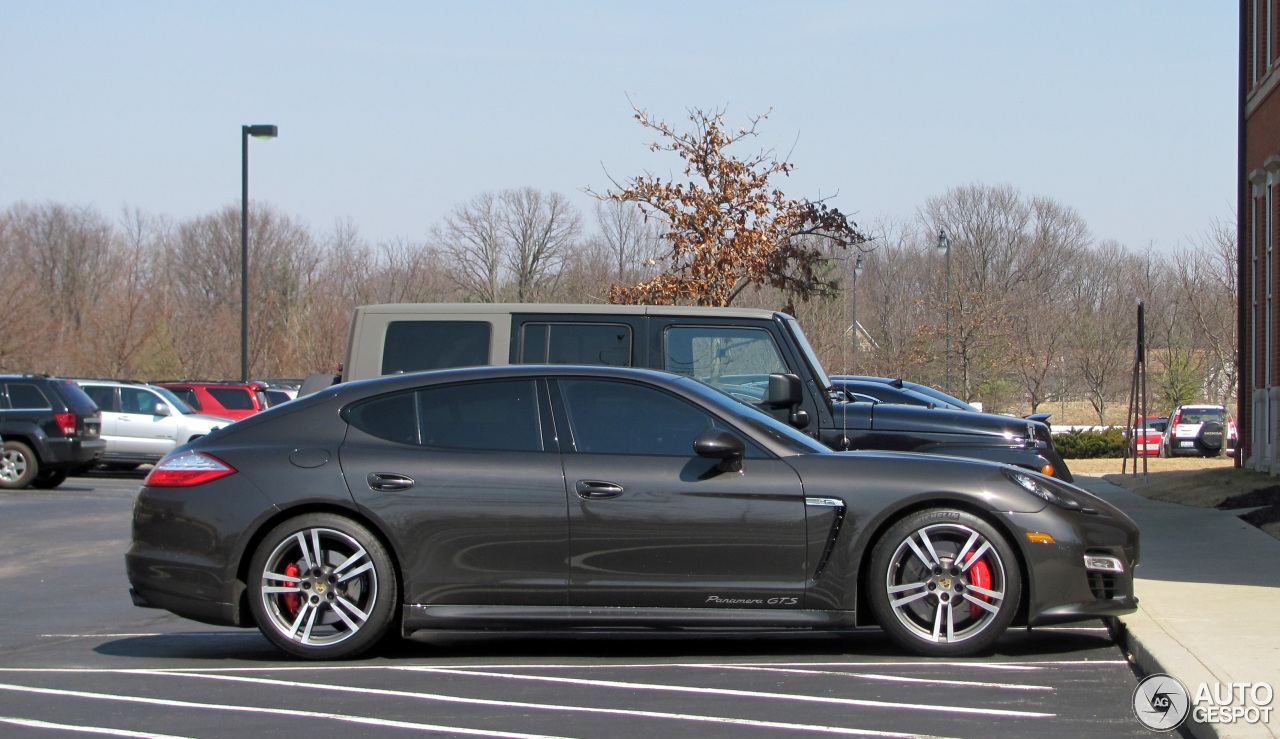 porsche panamera gts 24 march 2014 autogespot. Black Bedroom Furniture Sets. Home Design Ideas