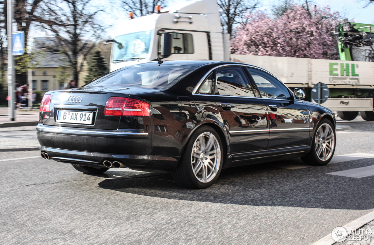 audi s8 d3 27 march 2014 autogespot. Black Bedroom Furniture Sets. Home Design Ideas