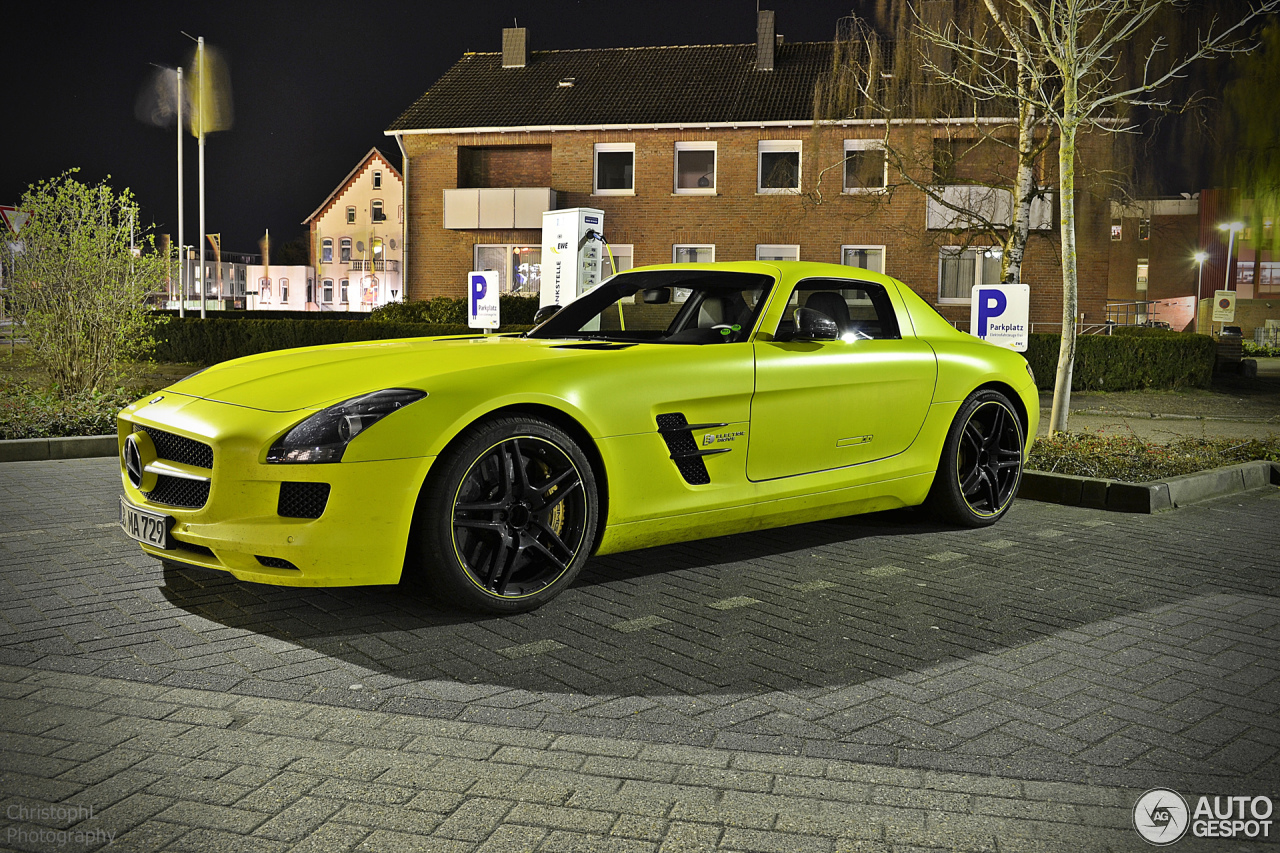 Mercedes benz sls amg electric drive 28 march 2014 for Mercedes benz sls amg electric drive price