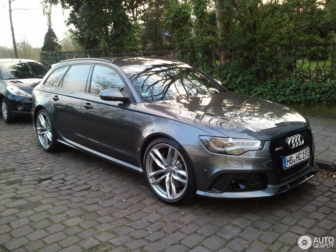 audi rs6 avant c7 29 mrz 2014 autogespot. Black Bedroom Furniture Sets. Home Design Ideas