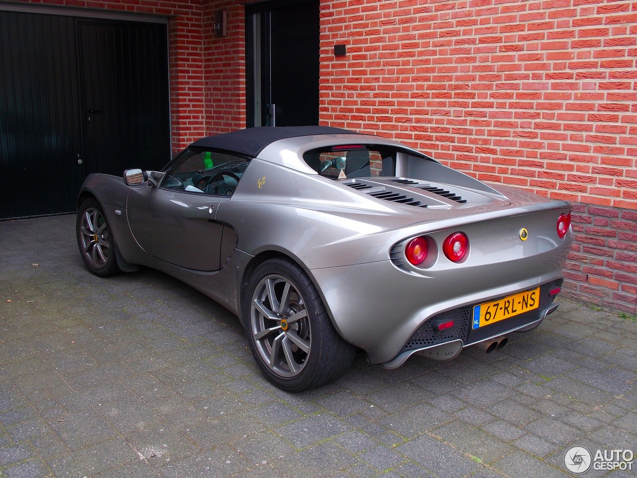 lotus elise s2 111r 6 april 2014 autogespot. Black Bedroom Furniture Sets. Home Design Ideas