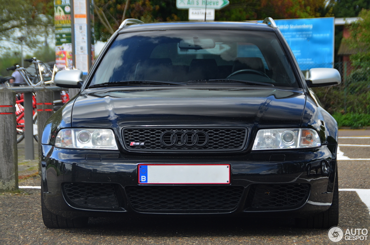 audi rs4 avant b5 8 april 2014 autogespot. Black Bedroom Furniture Sets. Home Design Ideas