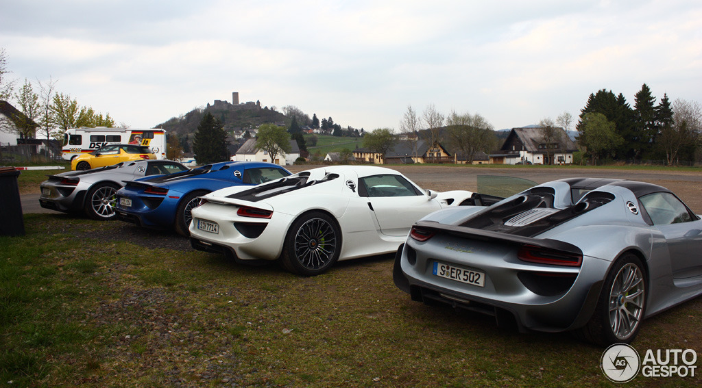 porsche 918 spyder weissach package 10 april 2014. Black Bedroom Furniture Sets. Home Design Ideas