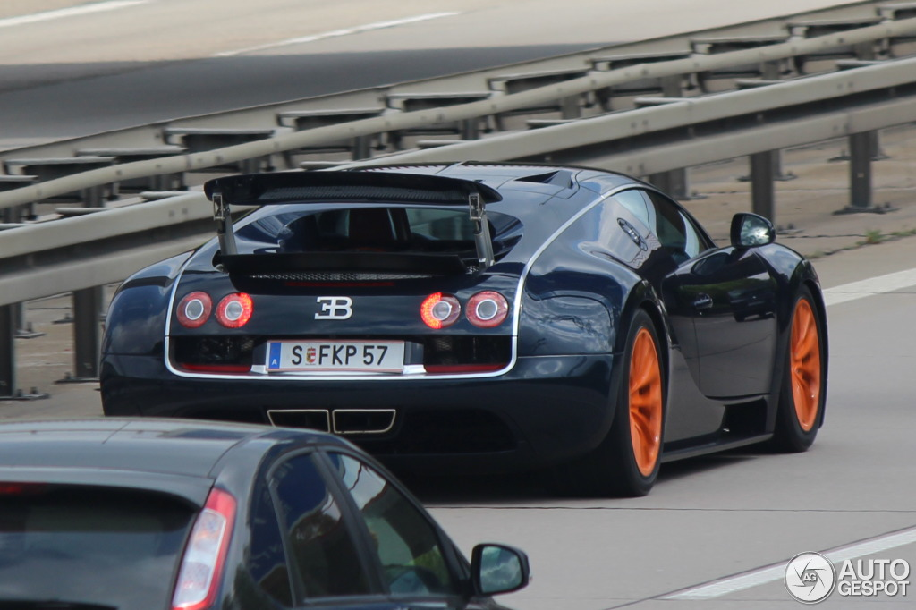 bugatti veyron 16 4 super sport 14 april 2014 autogespot. Black Bedroom Furniture Sets. Home Design Ideas