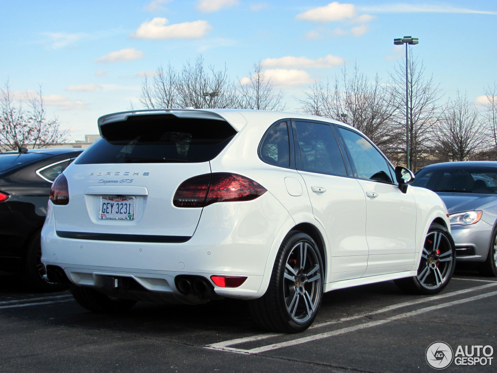 porsche 958 cayenne gts 14 april 2014 autogespot. Black Bedroom Furniture Sets. Home Design Ideas