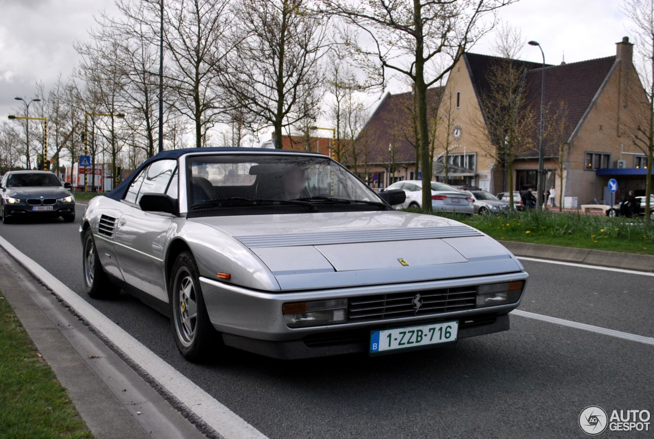 ferrari mondial t cabriolet 15 avril 2014 autogespot. Black Bedroom Furniture Sets. Home Design Ideas