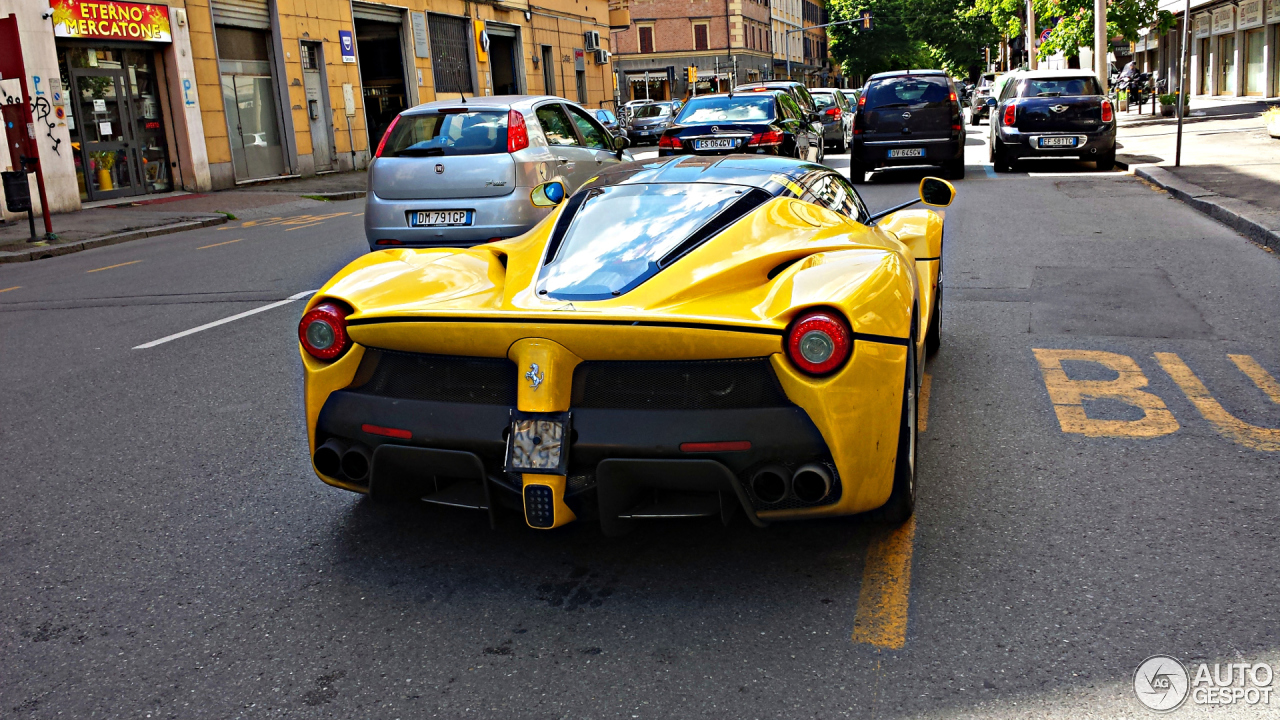 ferrari laferrari 17 april 2014 autogespot - Ferrari 2014 Yellow