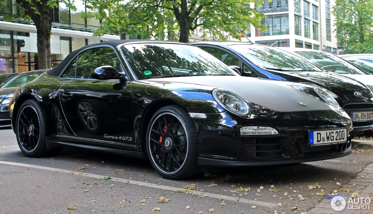 porsche 997 carrera 4 gts cabriolet 20 april 2014 autogespot. Black Bedroom Furniture Sets. Home Design Ideas