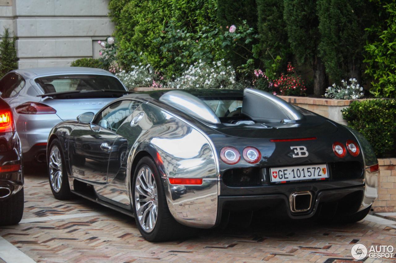 bugatti veyron 16 4 pur sang 21 april 2014 autogespot. Black Bedroom Furniture Sets. Home Design Ideas