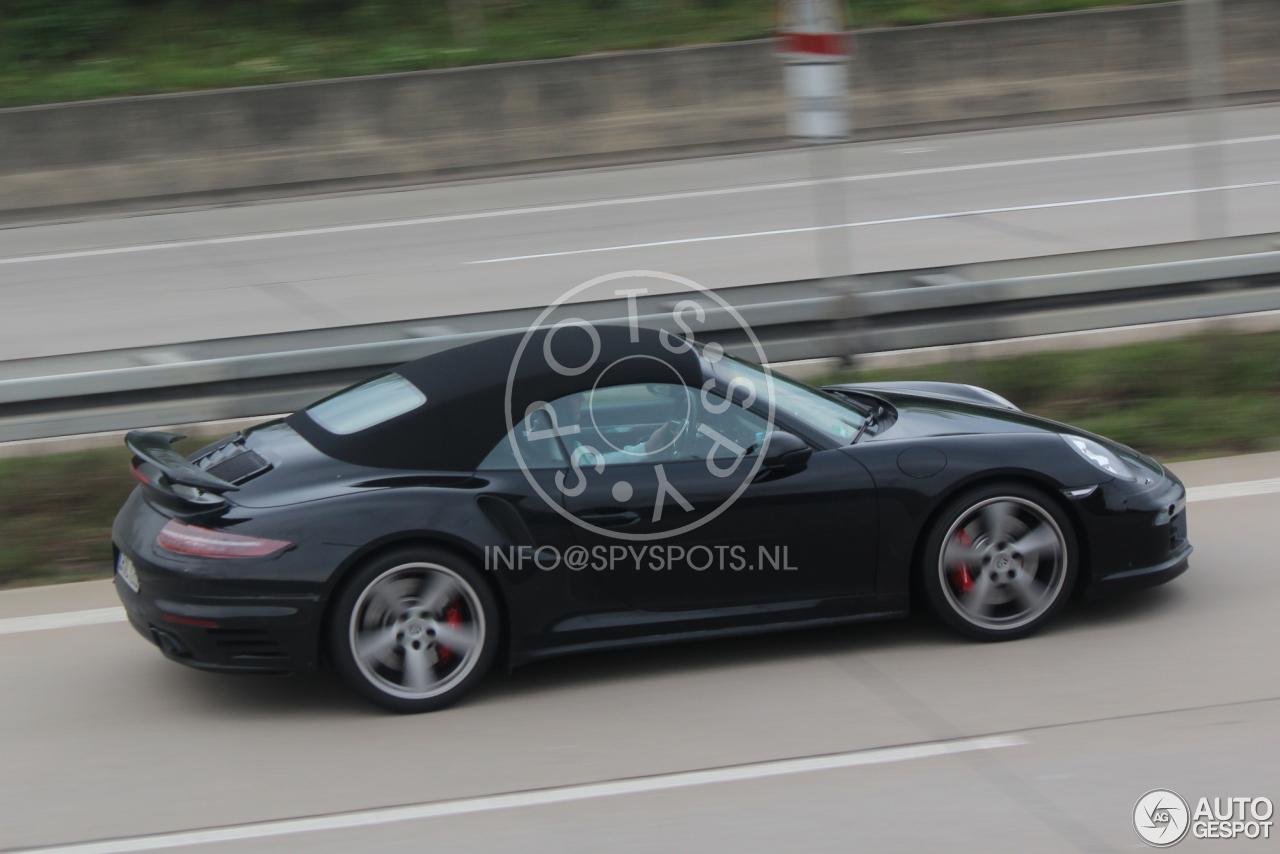 2015 - [Porsche] 911 Restylée [991] Porsche-991-turbo-cabriolet-mkii-c561522042014104517_4