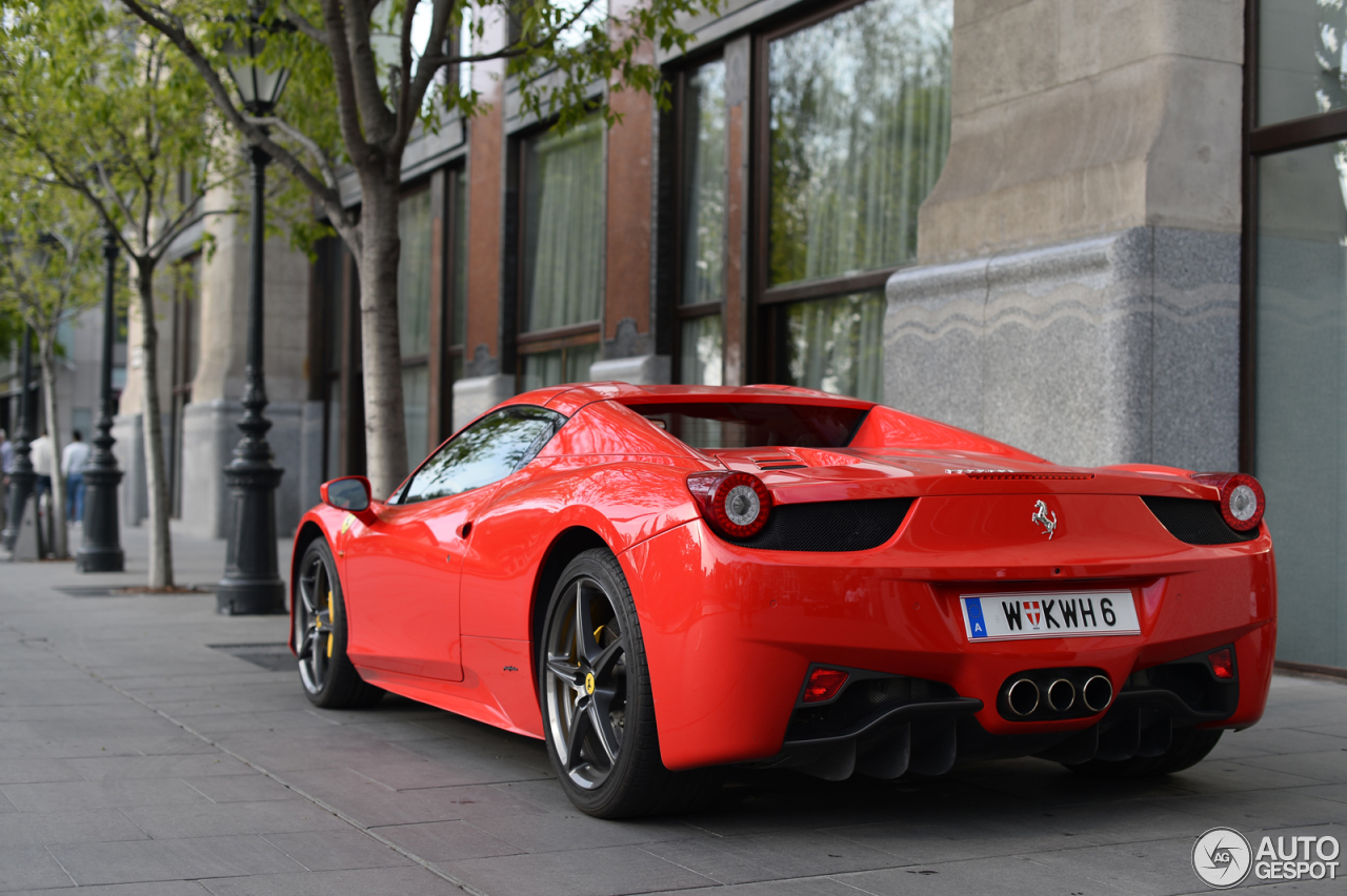 ferrari 458 spider 30 avril 2014 autogespot. Black Bedroom Furniture Sets. Home Design Ideas