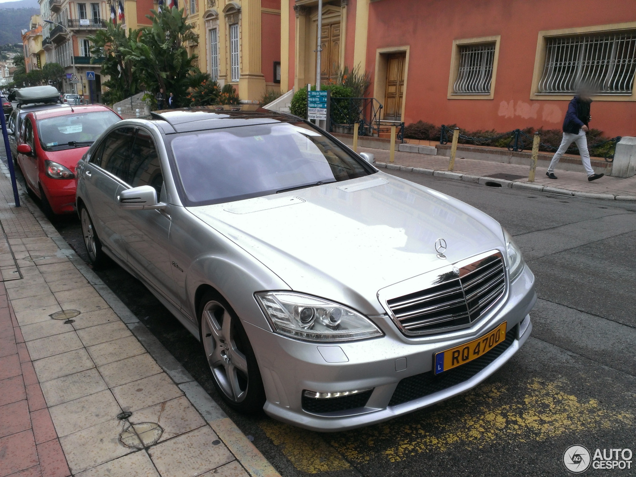 mercedes benz s 63 amg w221 2010 4 may 2014 autogespot