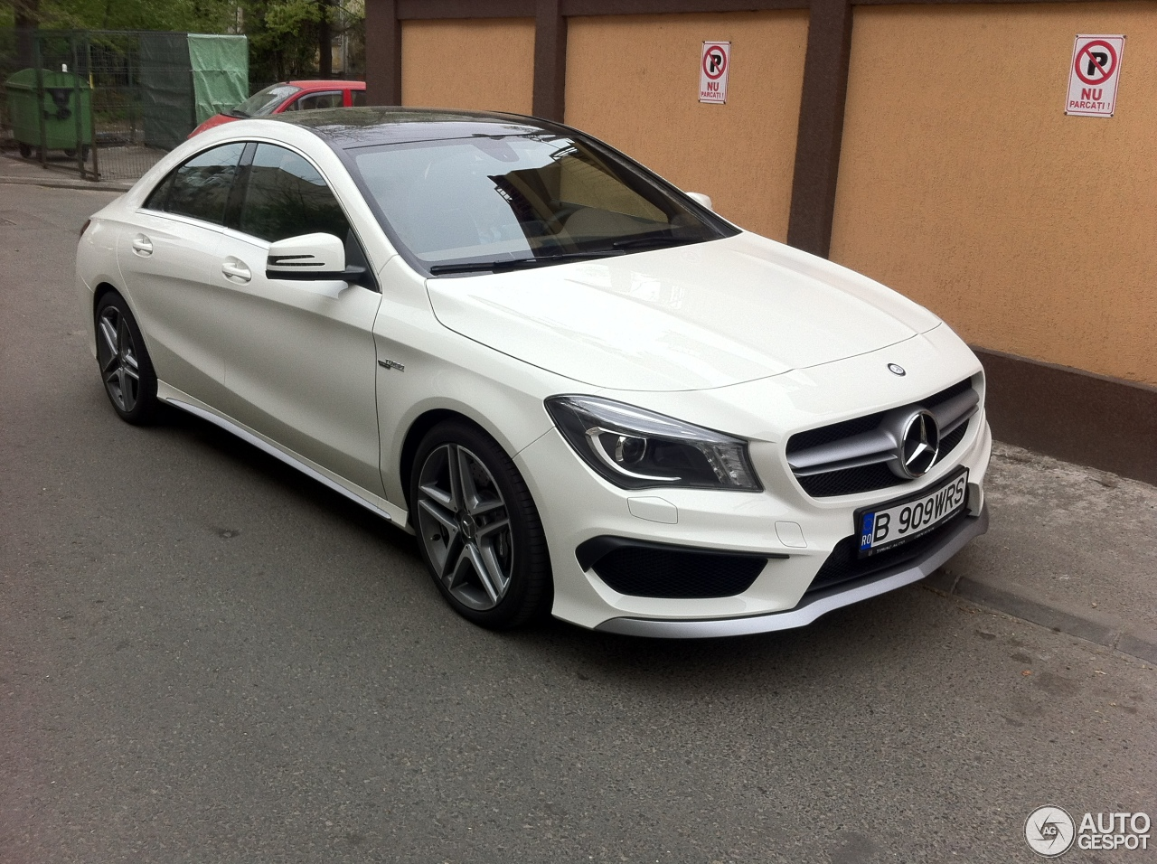 mercedes benz cla 45 amg c117 9 may 2014 autogespot. Black Bedroom Furniture Sets. Home Design Ideas